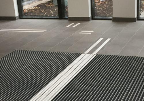 Aluminium profile mat ATF with tactile guide strip