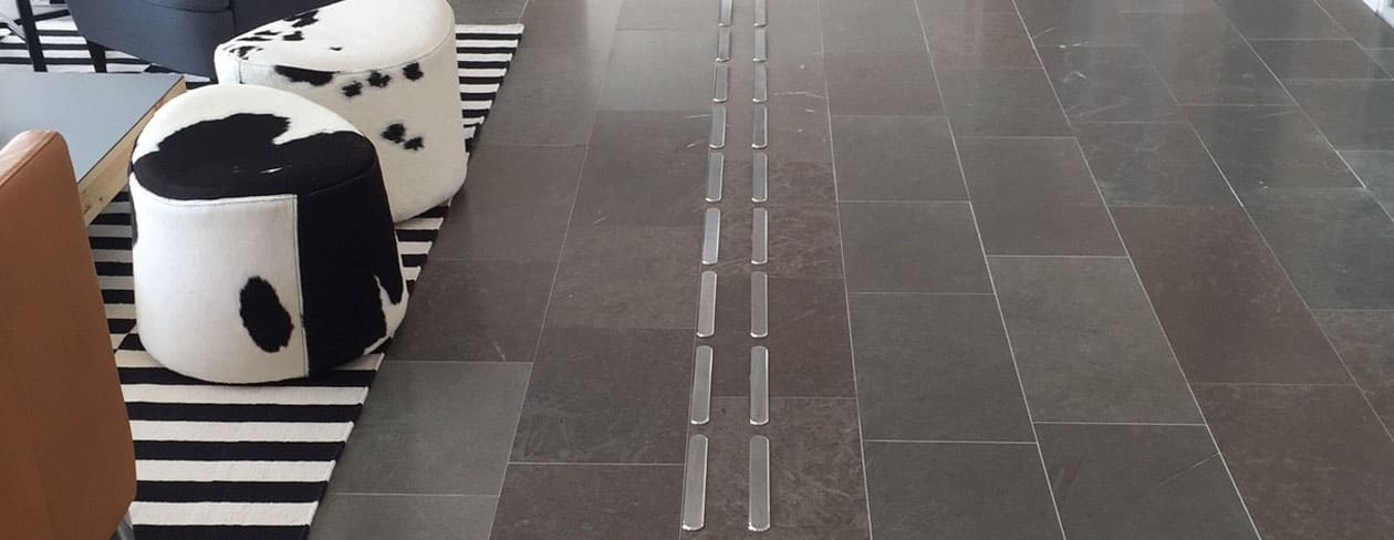 Taktila ledstråk i rostfritt stål, Line och Diamond.